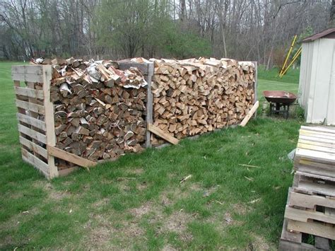 Wood Stacking Rack by 25 Unique Stacking Firewood Ideas On Stacking