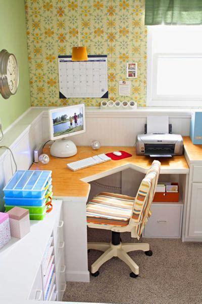 Corner Office Desk Ideas 30 Corner Office Designs And Space Saving Furniture Placement Ideas