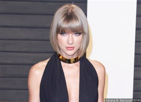 taylor swift buys house real life santa taylor swift buys a house for a homeless pregnant