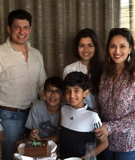bollywood celebrity instagram names top 16 bollywood celebrities with their children indian