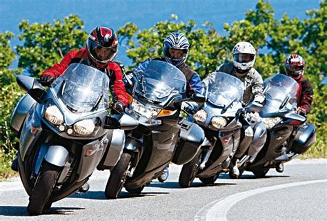 bmw k 1200 gt vs honda pan european vs kawasaki gtr 1400 vs yamaha fjr 1300 a w motocykl