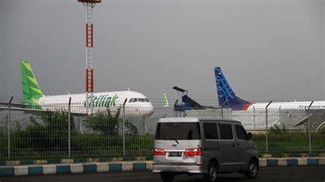 batik air jakarta jambi bandara abdul rachman saleh ditutup penerbangan lion dan
