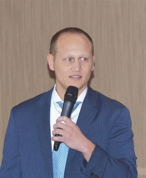 Mba For Professionals Soin Dayton Ohio by Wrestler Turned Doc Speaks At Soin Fairborn Daily Herald