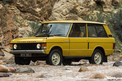 land rover vintage classic icons gallery 1971 range rover and 1970 rr