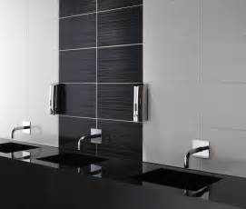 brighton linear black wall tile