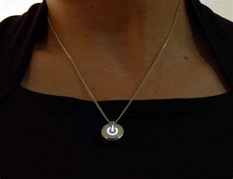 inecklace win with a pulsating led open source
