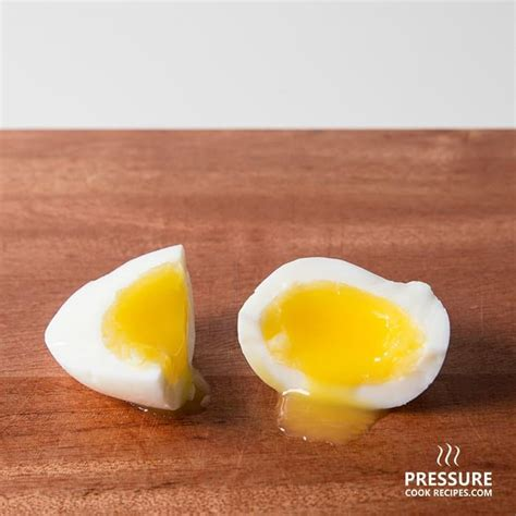 Shelf Of Boiled Eggs Unrefrigerated by How Do You Boil Eggs Question Howsto Co