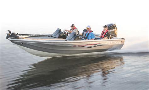 bass fishing boats reviews 2018 fishing boat reviews crestliner 1750 bass hawk