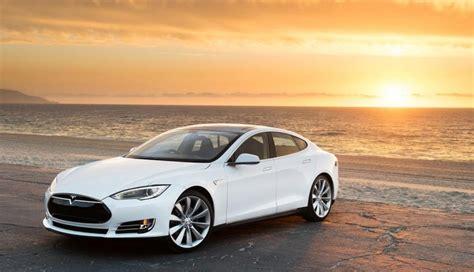 Tesla Partners Tesla Partners With Uber To Maximize Exposure