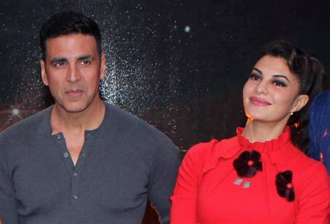 With The 4 Cast Revealed by Housefull 4 Cast Revealed Will Akshay Kumar