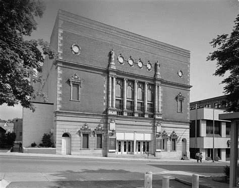 Mtv Prankster Wants To Open Pa Theater by Mishler Theatre Altoona Pennsylvania Real Haunted Place