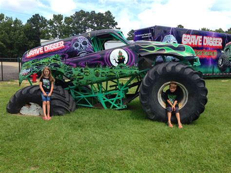 100 The Original Grave Digger Monster Truck Karsoo