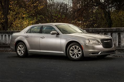 2015 chrysler 300 limited 2015 chrysler 300 limited front side view photo 105