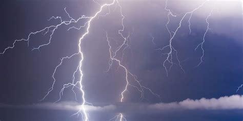 terrifying video captures lightning bolt striking sailboat