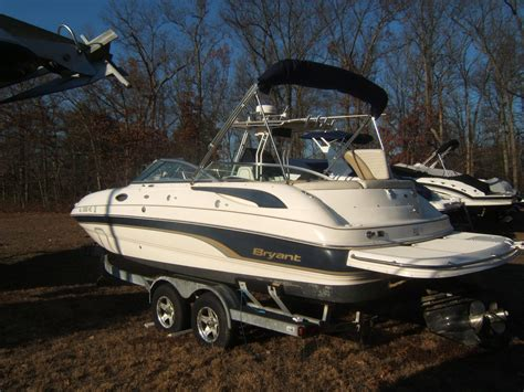bryant boats australia 2007 bryant 236 deck boat power boat for sale www