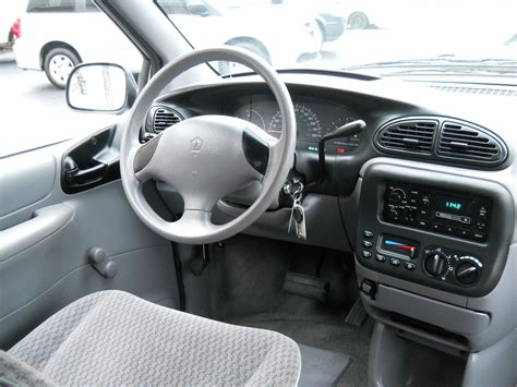 2000 Dodge Caravan Interior by 2000 Dodge Caravan Pictures Cargurus