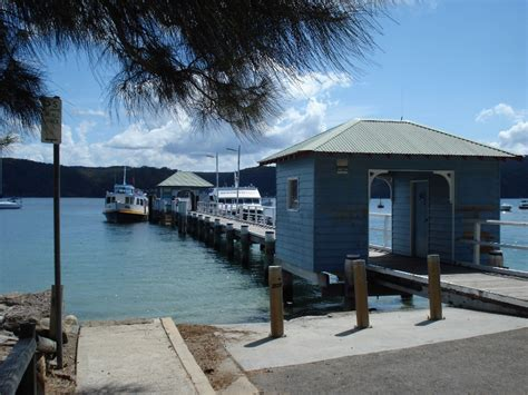 Cottage Point Boat Hire by Pittwater Hawkesbury Getaway Sydney