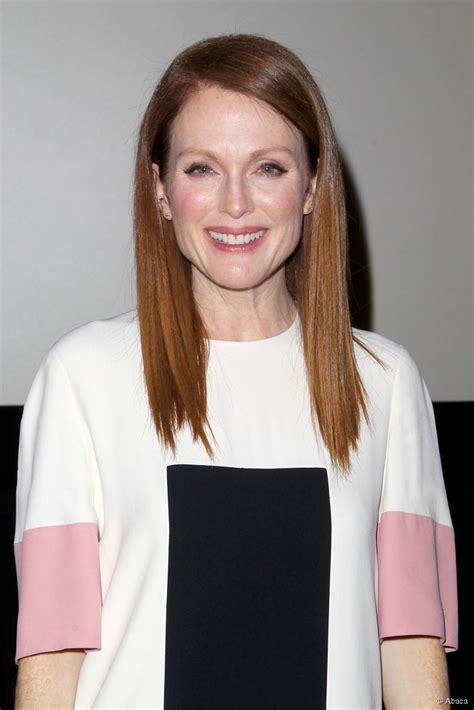 how can i get julianna moores hair color how to get shiny straight hair like julianne moore