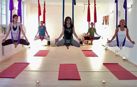 anti gravity yoga swing aerial yoga the best yoga swings and yoga trapeze