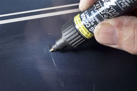 getting light scratches out of car paint eliminating nicks scratches speed carz