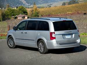 Reliability Of Chrysler Town And Country 2015 Chrysler Town And Country Minivan Lx Front Wheel