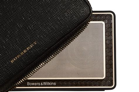 Sale Burberry 1451 Set 5in1 bowers wilkins teams up with burberry for gold edition