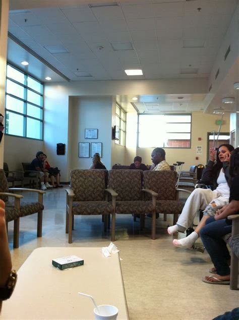 west hospital emergency room er waiting room yelp