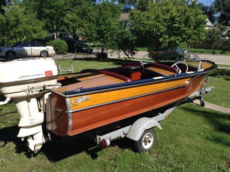 carver wooden boats 1952 carver captain onatrailer