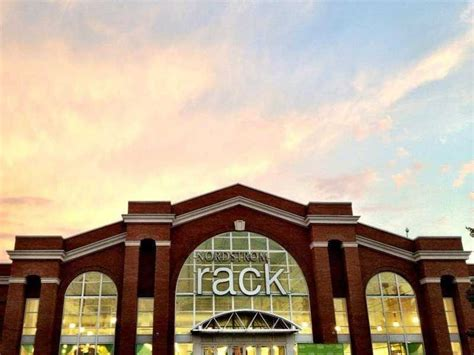 Nordstrom Rack Willow Grove Pa by The 10 Best Retailers To Work For Business Insider