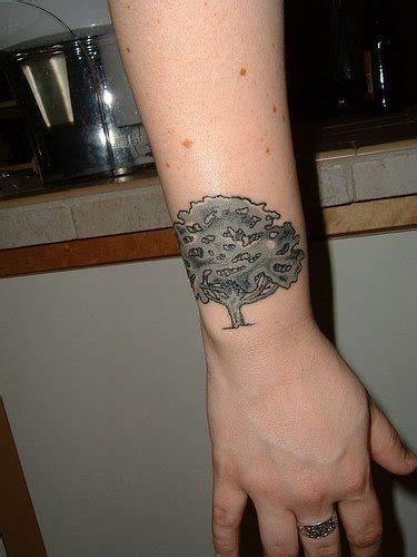 sul polso interno tatuaggi sul polso 145 disegni inediti