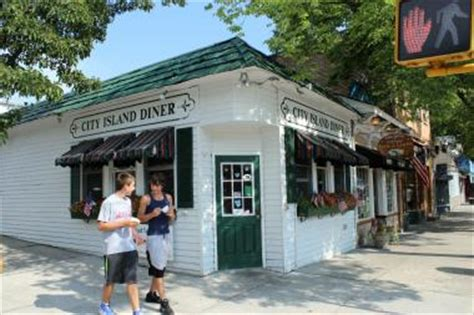 city island bronx boat rentals a guide to city island a seaside village in the bronx