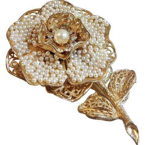 Flower Brooch vintage large coro seed pearl flower brooch pearl and