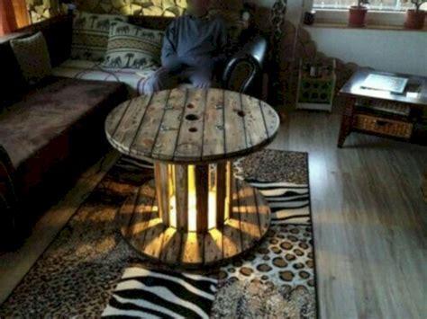 71 DIY Spool Table Furniture Ideas   Wartaku.net