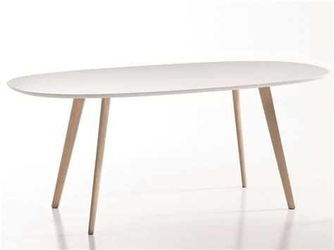 tavoli ovali design gher tavolo ovale by arper design lievore altherr molina