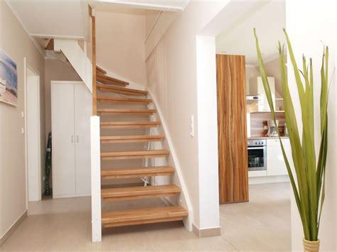 Treppe Ins Dachgeschoss by Ferienwohnung Mare Parkstrasse Nur 150m Zum Strand