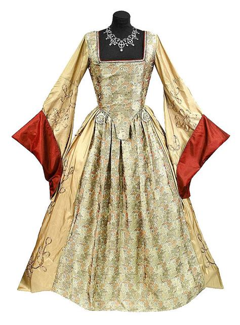 Home Theatre Decorations gown quot queen of england quot costume