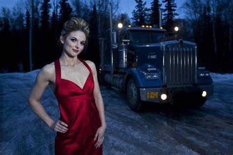 Joey Barnes King Of Obsolete Lisa Kelly Ice Road Truckers Hottie 2