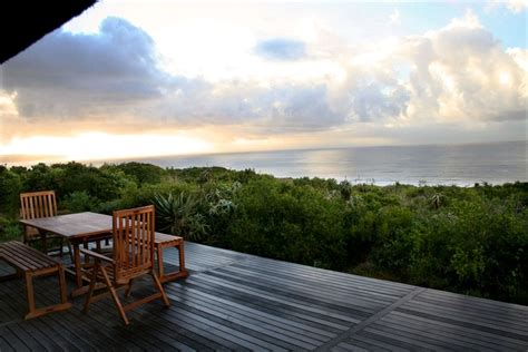 Beachcomber Cottage by Beachcomber Cottage Boggomsbaai South Africa