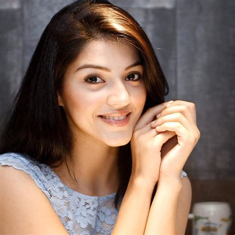 heroine hd photos actress mehrene kaur pirzada photo shoot latest hd photos