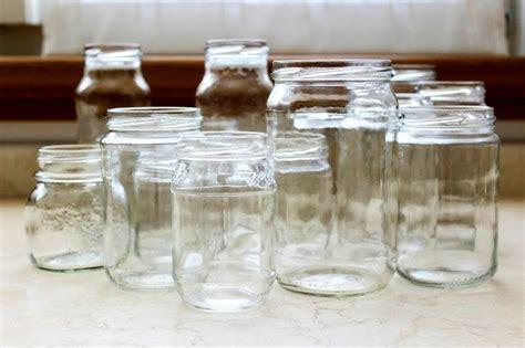 vasi di vetro per alimenti come riciclare i vecchi barattoli 20 modi originali per