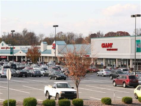 lowes bethel park pa towne shopping center commercial space for lease