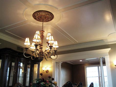 fancy ceilings file decorative ceiling trim work jpg wikimedia commons