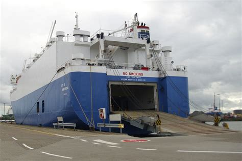 boat car shipping shipping your vehicle overseas military