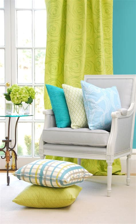 lime green bedroom curtains 25 best ideas about lime green curtains on pinterest