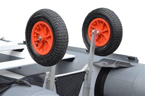 buitenboordmotor voor rubberboot strandwielen voor uw rubberboot debo watersport debo