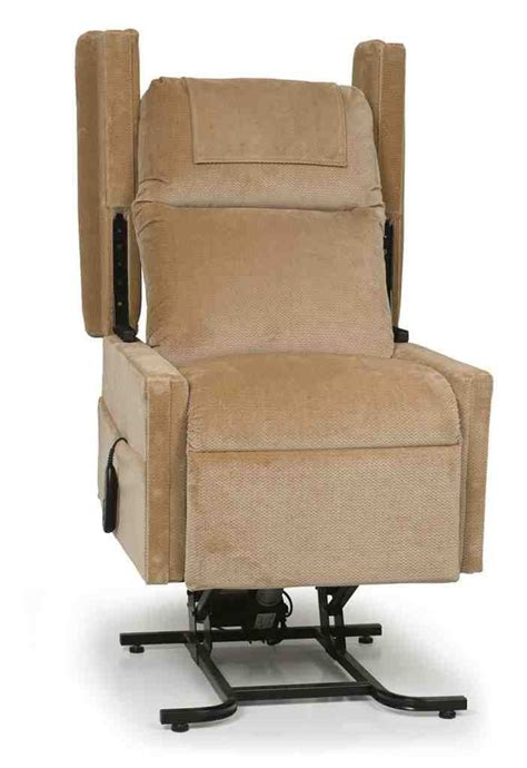 best recliners for elderly 57 best elderly lift chair images on pinterest recliner