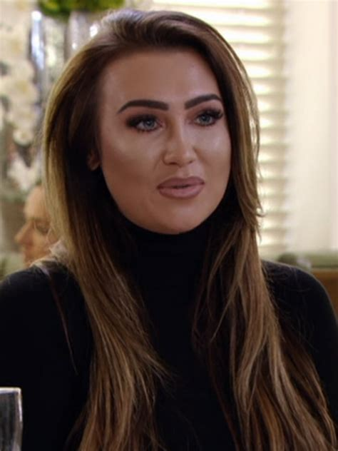 lauren goodger blasts negative reports about her towie return