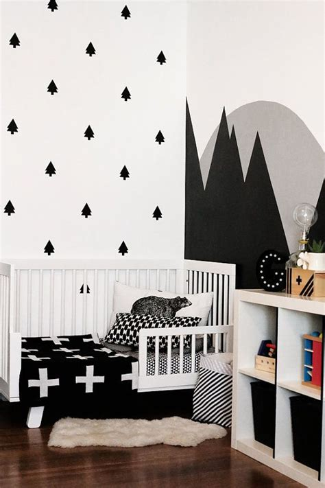 Black And White Nursery Decor 25 Best Ideas About Tree Wall Decor On Pinterest Tree Wall Painting Family Tree Wall Decor