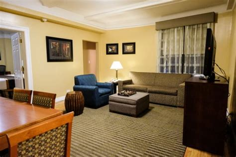 best western hospitality house best western plus hospitality house un hotel perfecto