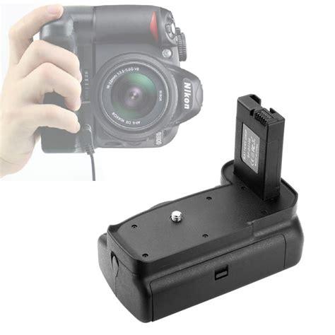 Battery Grip For Nikon D3100 D3200 Black battery grip black for nikon d3100 d3200 d3300